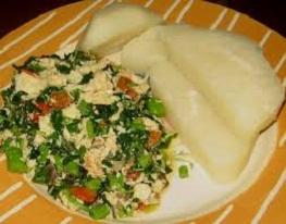 Egg sauce and boiled yam