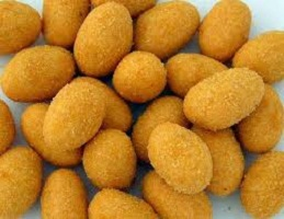 Flour coated peanuts