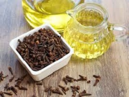 How to Prepare & Use Clove Soaked in Water for Infection